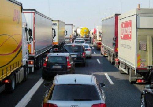 Divieti di circolazione stradale per camion 4/1 - 14/3/2020 - LKW-Fahrverbote 04.01 - 14.03.2020