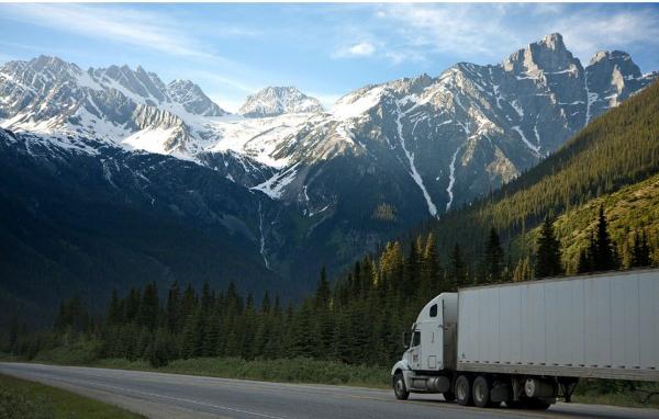"""CNA Fita Trentino Alto Adige: """"Rimborso accise, rinviare l'esclusione dei camion Euro 3. Aumento dei costi tra 3 e 7mila euro l'anno per ogni mezzo. La crisi non consente alle imprese di sostituire i veicoli"""""""