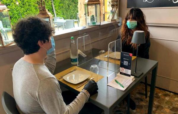 """CNA: """"Più tavoli all'aperto nelle città italiane per far ripartire ristorazione e turismo"""""""